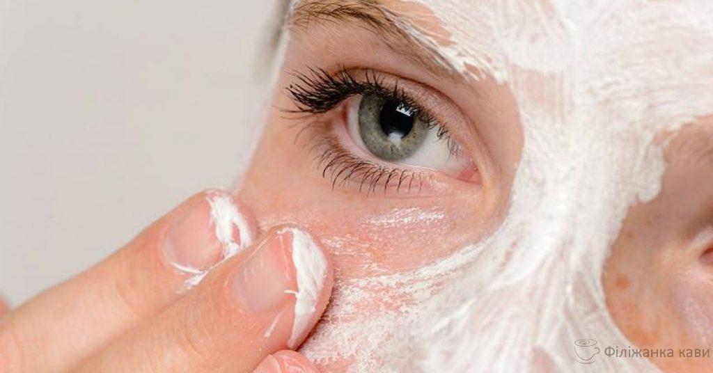 Тонізувати шкіру і видалити плями домашніми засобами: 4 ефективних рецепти