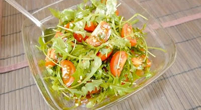 Свіжий салат з руколи - ДУЖЕ СМАЧНО ТА ПРОСТО